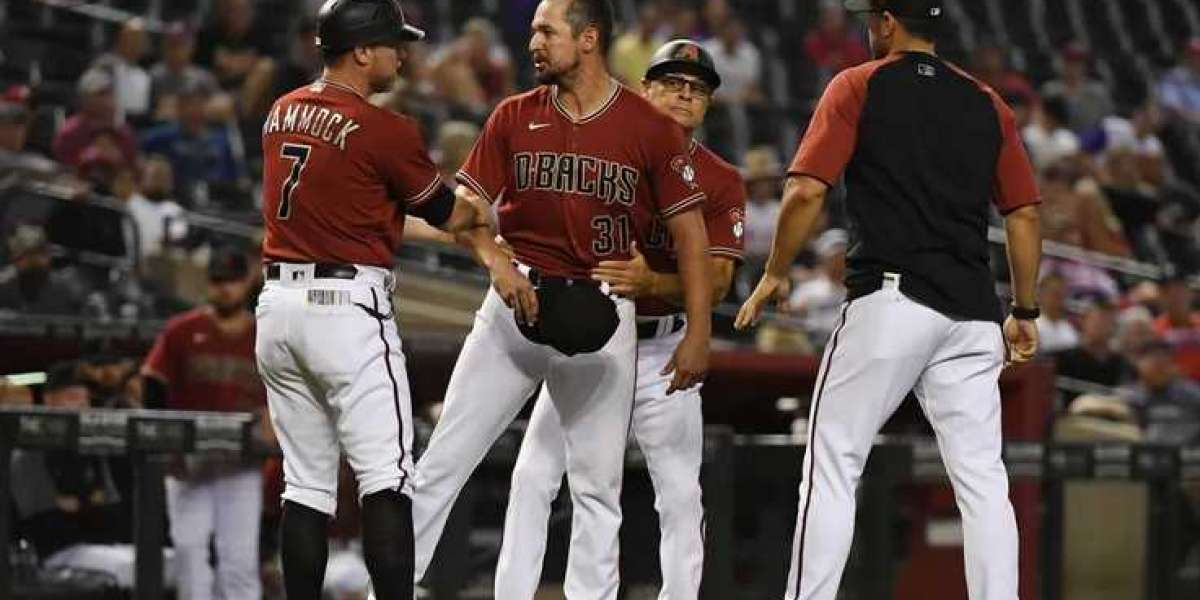 Playing cards Hold upon for 3-2 Gain earlier mentioned D-backs